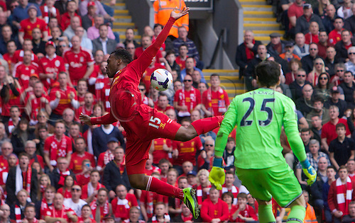 30.03.2014  Liverpool, England.  Liverpool's Daniel Sturridge comes close during the Premier League game between Liverpool and Tottenham Hotspur from Anfield