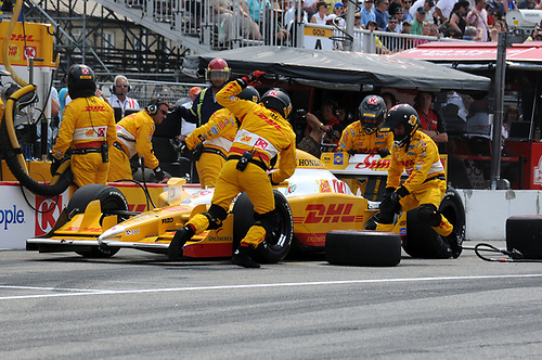 8-10 July, 2011, Toronto, Ontario CA<br /> Ryan Hunter-Reay pit stop.<br /> (c)2011, Paul Webb<br /> LAT Photo USA