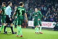 Football: Germany, 1. Bundesliga, SV Werder Bremen vs FSV Mainz 05, Bremen, 16.12.2017,<br /> Maximilian Eggestein (Bremen) *** Local Caption *** <br /> Contact: +49-40-22 63 02 60 , info@pixathlon.de