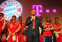 FUSSBALL  DFB POKAL FINALE  SAISON 2013/2014 Borussia Dortmund - FC Bayern Muenchen     17.05.2014 FC Bayern Bankett in der Telekom Zentrale;  Vorstandsvorsitzender Karl Heinz Rummenigge (Mitte)