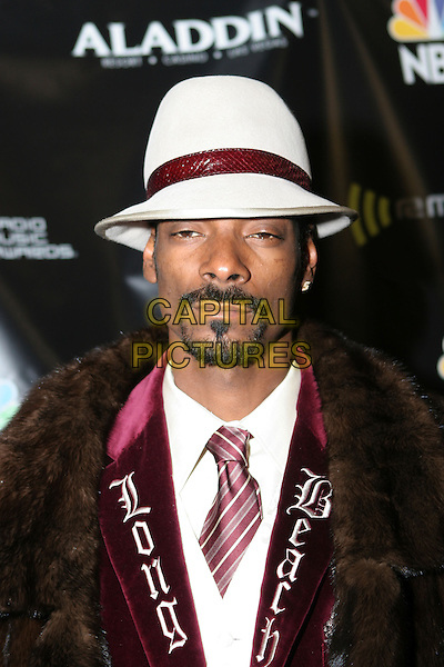 SNOOP DOGG.2005 Radio Music Awards - Arrivals held at the Aladdin Hotel, Las Vegas, Nevada..December 19th, 2005.Photo: Zach Lipp/AdMedia/Capital Pictures.Ref: ZL/ADM.headshot portrait goatee facial hat white hat.www.capitalpictures.com.sales@capitalpictures.com.© Capital Pictures.