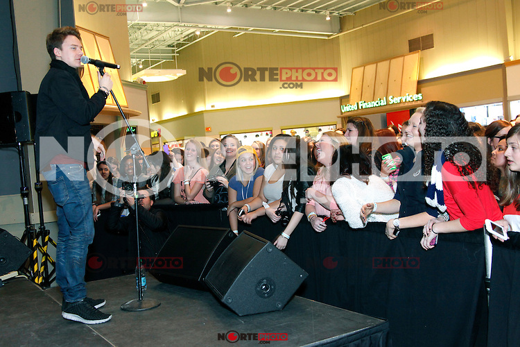 PHILADELPHIA, PA - JANUARY 11 :  Conor Maynard performs an acoustic set at the Franklin Mills Mall in Philadelphia, Pa on January 11, 2013  © Star Shooter / MediaPunch Inc /NortePhoto /NortePhoto /NortePhoto /NortePhoto