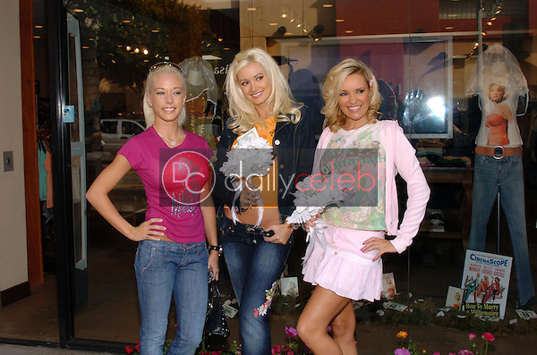 """Kendra Wilkinson with Holly Madison and Bridget Marquardt<br />at the Worldwide unveiling of the all new """"Fox Film Icons"""" clothing line. Lisa Kline, Los Angeles, CA. 02-02-06<br />Scott Kirkland/DailyCeleb.Com 818-249-4998"""