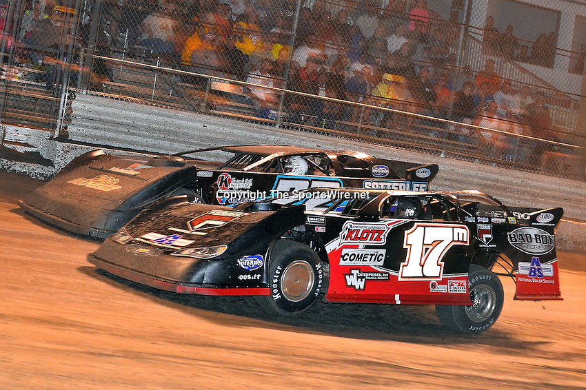 Feb 20, 2014; 9:45:59 PM;  Barberville, FL, USA;  World of Outlaws Late Model Series for 43rd Annual DIRTcar Nationals presented by Summit Racing Equipment at Volusia Speedway Park.  Mandatory Credit: (thesportswire.net)