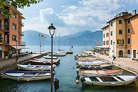 Italy, Veneto, Lake Garda, Brenzone sul Garda: district Porto | Italien, Venetien, Gardasee, Brenzone sul Garda: Ortsteil Porto