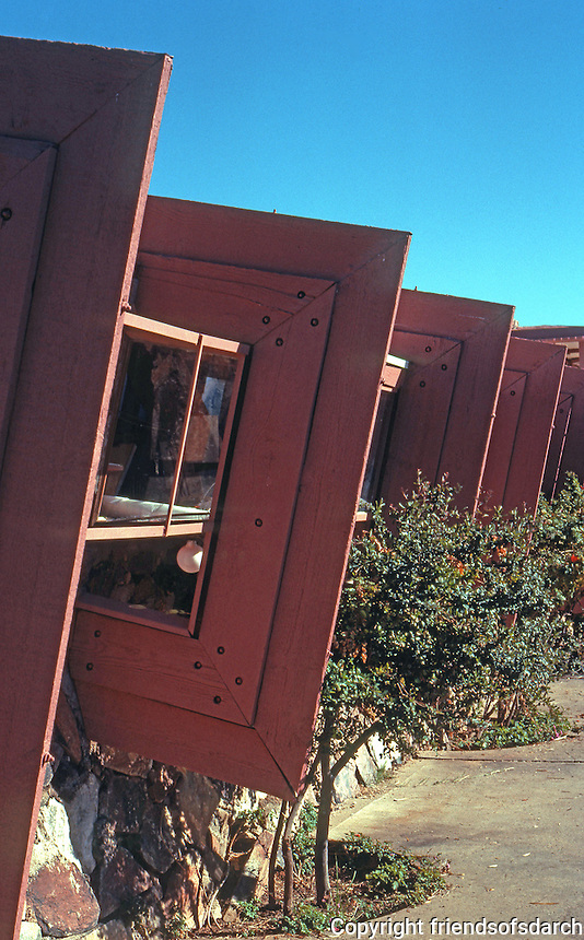 R.L. Wright: Taliesen West. Drafting room wall, redwood forms. (Photo '77)