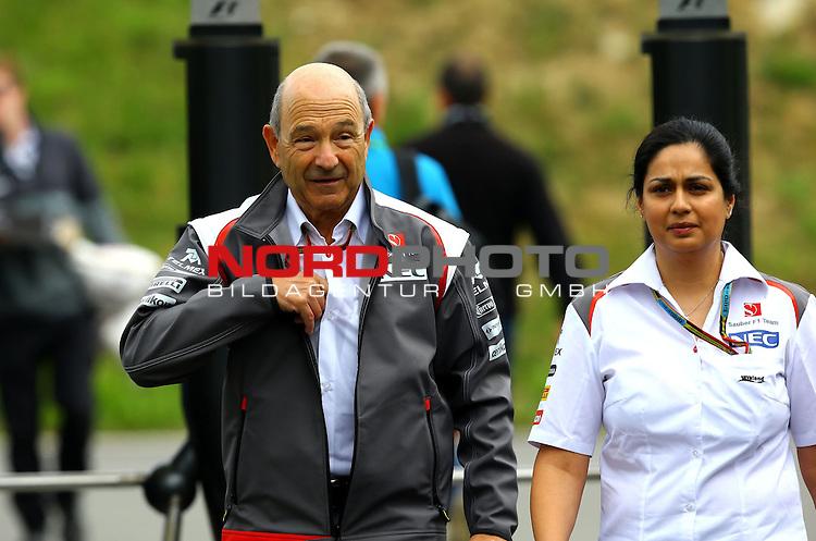 Peter Sauber (SUI), Team Chef Sauber F1 Team - Monisha Kaltenborn (AUT), Sauber F1 Team, Managing Director<br /> for the complete Middle East, Austria &amp; Germany Media usage only!<br />  Foto &copy; nph / Mathis