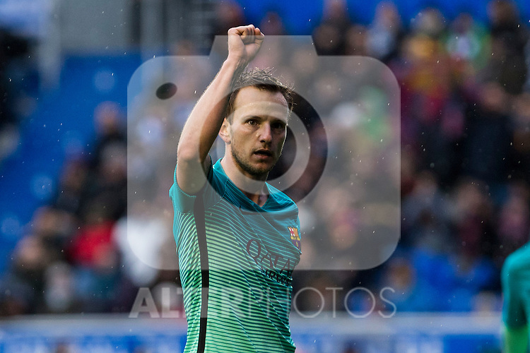 FC Barcelona's midfielder Ivan Rakitic celebrates after scoring a goal during the match of La Liga between Deportivo Alaves and Futbol Club Barcelona at Mendizorroza Stadium in Vitoria, Spain. February 11, 2017. (ALTERPHOTOS/Rodrigo Jimenez)