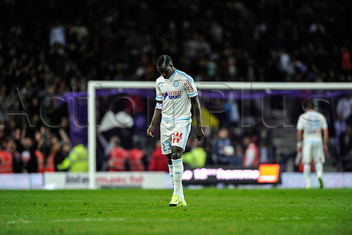 23.09.2015. Toulouse, France. French League 1 football. Toulouse versus Marseille.  Referee shows the red card to Benjamin Mendy (om)