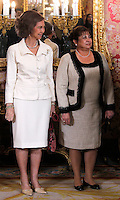 Spain's Queen Sofia and GUatemala's first Lady Rosa Leal during audiences. February 13, 2013. (ALTERPHOTOS/Alvaro Hernandez) /NortePhoto