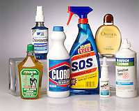 SOLUTIONS: COMMON HOUSEHOLD PRODUCTS<br /> A Solution Is A Homogeneous Mixture<br /> After shave, throat spray, chlorine bleach, ammonia cleaner, nasal spray, perfume &amp; contact lens solution
