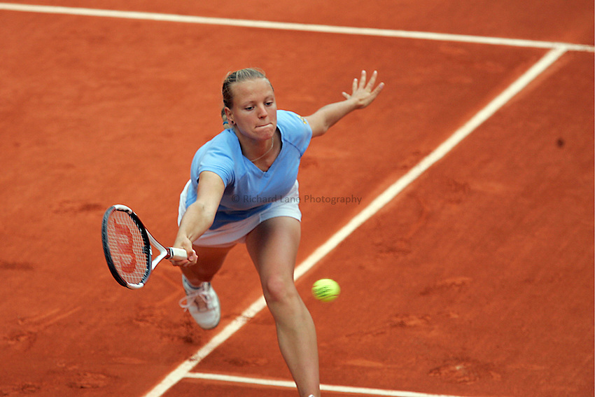 Photo: Iconsport/Richard Lane Photography..French Open, Roland Garros 2007. 31/05/2007..Agnes Szavay returns.