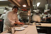 Europe/France/Auvergne/15/Cantal/Chaudes-Aigues: Serge Vieira en cuisine - Restaurant: Serge Vieira, au Château de Couffour  [Non destiné à un usage publicitaire - Not intended for an advertising use]