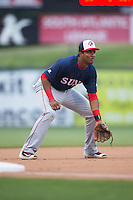Hagerstown Suns third baseman Kelvin Gutierrez (5) on defense against the Kannapolis Intimidators at Kannapolis Intimidators Stadium on May 5, 2016 in Kannapolis, North Carolina.  The Suns defeated the Intimidators 7-0.  (Brian Westerholt/Four Seam Images)