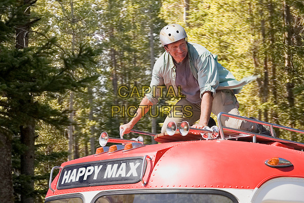 ROBIN WILLIAMS.in RV (2006) (Runaway Vacation) (RV: Runaway Vacation).*Filmstill - Editorial Use Only*.CAP/AWFF.Supplied by Capital Pictures.