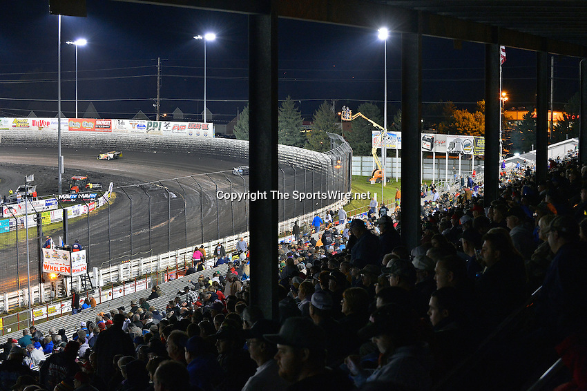 Sep 28, 2013; 8:05:25 PM; Knoxville, IA., USA; 10th Annual Lucas Oil Late Model Knoxville Nationals presented by Caseys General Stores at the Knoxville Raceway.  Mandatory Credit: (thesportswire.net)