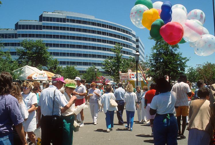 1991 June ..Redevelopment.Downtown South (R-9)..HARBORFEST.TOWN POINT PARK...NEG#.NRHA#..