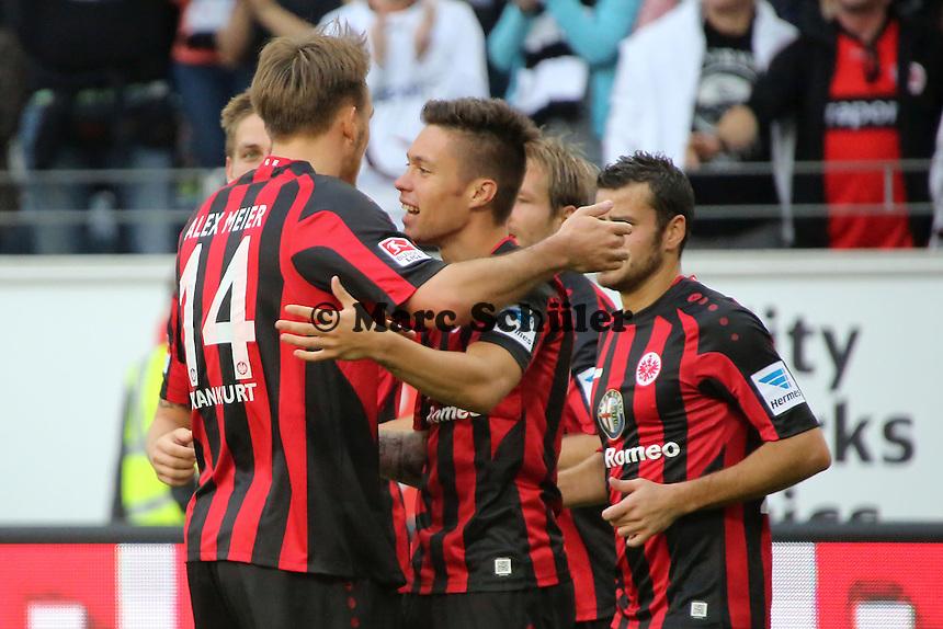 Torjubel um Vaclav Kadlec (Eintracht) beim 1:0 - Eintracht Frankfurt vs. 1. FC Nuernberg,