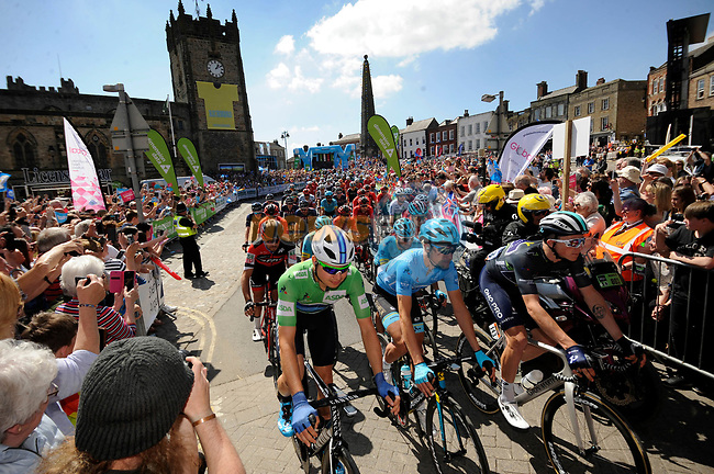 The start of Stage 3 of the Tour de Yorkshire 2018 running 181km from Richmond to Scarborough, England. 5th May 2018.<br /> Picture: ASO/Alex Broadway | Cyclefile<br /> <br /> <br /> All photos usage must carry mandatory copyright credit (© Cyclefile | ASO/Alex Broadway)