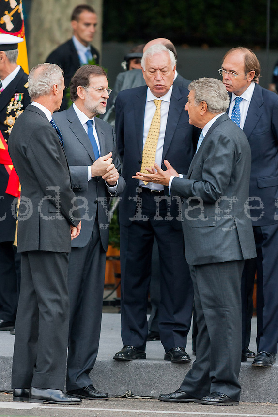 Primer Minister Mariano Rajoy with ministers