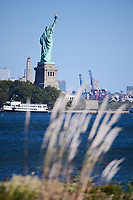 The Statue of Liberty from the 10th hole during round 1 foursomes of the 2017 President's Cup, Liberty National Golf Club, Jersey City, New Jersey, USA. 9/28/2017.<br /> Picture: Golffile   Ken Murray<br /> ll photo usage must carry mandatory copyright credit (&copy; Golffile   Ken Murray)