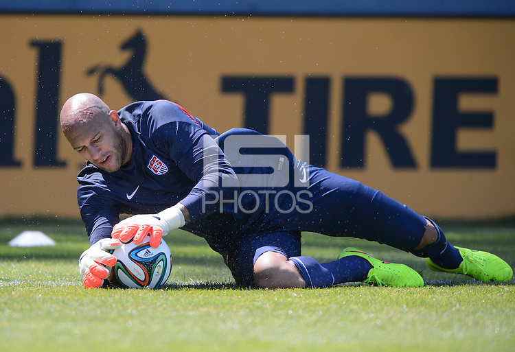 Stanford, California - Tuesday, May 21, 2014: USMNT training at Stanford University.