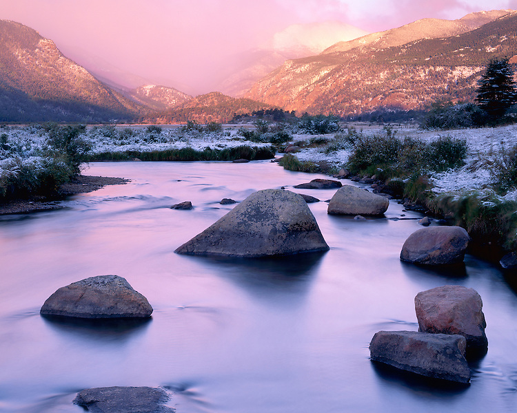 Foggy winter sunrise color on the Big Thompson River in Moraine Park; Rocky Mountain National Park, CO
