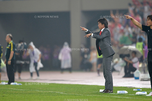 Hong Myung-Bo (KOR),<br /> JULY 28, 2013 - Football / Soccer :<br /> South Korea head coach Hong Myung-Bo during the EAFF East Asian Cup 2013 match between South Korea 1-2 Japan at Jamsil Olympic Stadium in Seoul, South Korea. (Photo by FAR EAST PRESS/AFLO)