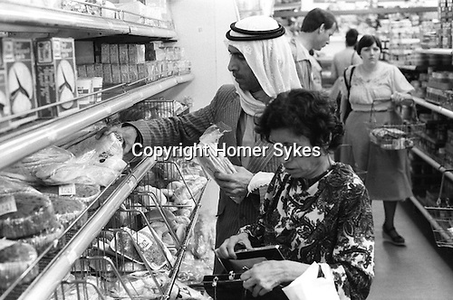 Arabs London UK 1977. Middle Eastern people came to Britain for subsidised health care carried out in Harley Street clinics. They mainly stayed in cheap hotels in the Earls Court area.