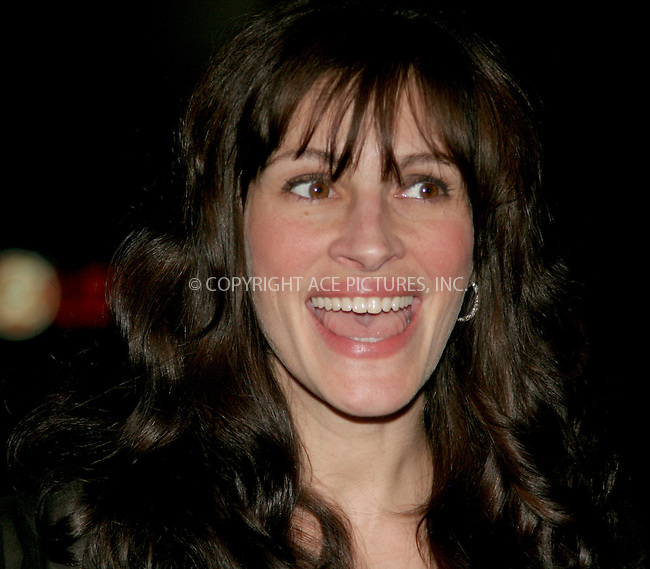WWW.ACEPIXS.COM . . . . .  ....NEW YORK, APRIL 19, 2006....Julia Roberts at the 'Three Days of Rain' Opening Night After Party.....Please byline: NANCY RIVERA- ACEPIXS.COM.... *** ***..Ace Pictures, Inc:  ..Craig Ashby (212) 243-8787..e-mail: picturedesk@acepixs.com..web: http://www.acepixs.com