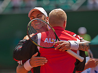 Austria, Kitzbühel, Juli 18, 2015, Tennis,  Davis Cup, second match between Andreas Haider-Maurer (AUT) and Robin Haase (NED), pictured : Andreas Haider-Maurer als into the arms of captain Stefan Koubek after equaling the score 1-1<br /> Photo: Tennisimages/Henk Koster