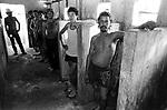 trabalhadores canavieiros que viviam como escravos em fazenda de cana de açúcar em rio Brilhante no Mato grosso do sul.sugar cane workers that lived as slaves in farm of cane of sugar in Brilliant river in Mato Grosso do Sul