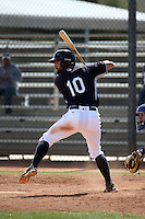 Chris Taylor - Seattle Mariners 2016 spring training (Bill Mitchell)