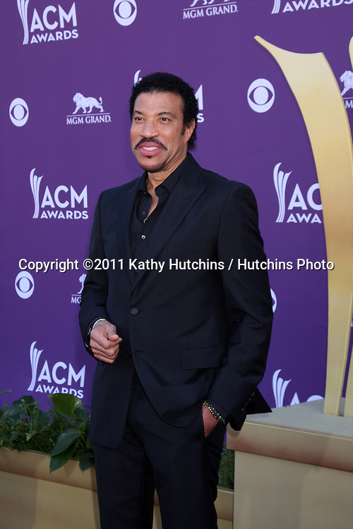LAS VEGAS - APR 1:  Lionel Richie arrives at the 2012 Academy of Country Music Awards at MGM Grand Garden Arena on April 1, 2010 in Las Vegas, NV.
