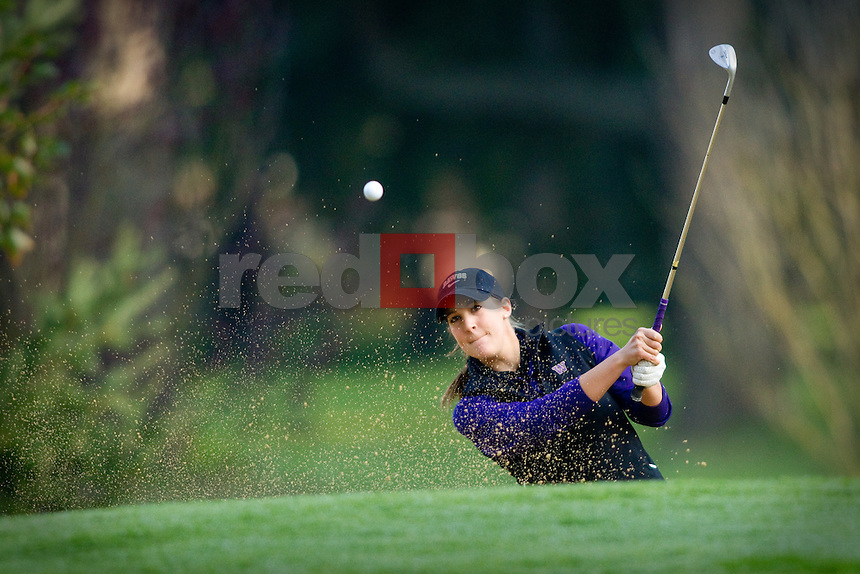 UW golfer Darcie Richmond. Edean Ihlanfeldt Invitational golf tournament at the Tacoma Country and Golf Club. (Photo by Rob Sumner/ Red Box Pictures)