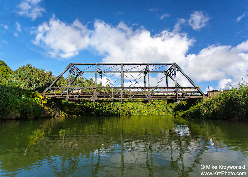 Side view of Hanalei Bridge over Hanalei River on the north shore of Kauai, Hawaii