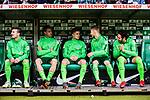 15.04.2018, Weserstadion, Bremen, GER, 1.FBL, Werder Bremen vs RB Leipzig, <br /> <br /> im Bild | picture shows:<br /> Reservebank SV Werder. vl. Jerome Gondorf (SV Werder Bremen #8), Sebastian Langkamp (SV Werder Bremen #15), Johannes Eggestein (SV Werder Bremen #24), Florian Kainz (SV Werder Bremen #7) und Ishak Belfodil (SV Werder Bremen #29) <br /> <br /> <br /> Foto &copy; nordphoto / Rauch