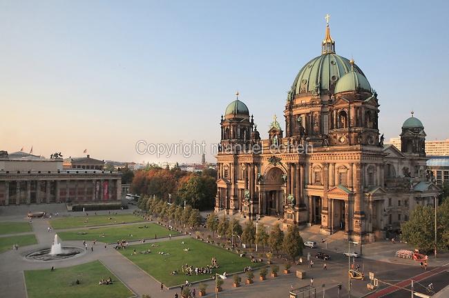 Berliner Dom or Berlin Cathedral, redesigned by Julius Raschdorff and completed 1905 in Historicist style after being badly damaged in World War Two, although the original chapel on this site was consecrated in 1454, with the Lustgarten park in front and the Altes Museum behind, Museum Island, Mitte, Berlin, Germany. The buildings on Museum Island were listed as a UNESCO World Heritage Site in 1999. Picture by Manuel Cohen