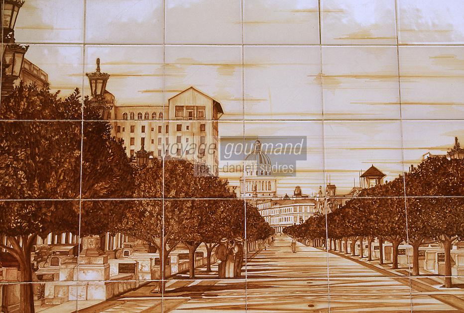 """Cuba/La Havane: Azuléjos (céramique) de l'hôtel """"Sévilla"""" repésentant le Prado"""
