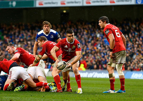 02.04.2016. Aviva Stadium, Dublin, Ireland. Guinness Pro12.  Leinster versus Munster. Conor Murray (Munster) passes back from a ruck.