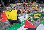 "BRUSSELS - BELGIUM - 23 March 2016 -- Belgium in mourning after the terrorist attack in  Maelbeek metro station - EU quarters, and the Brussels airport in Zaventem. -- Kherfan Ayman (Palestine origin) came to show his respect and grief at the ""memorial"" in the city center by the Bourse. -- PHOTO: Juha ROININEN / EUP-IMAGES"