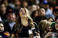 Aficionada. <br /> Mayos de Navojoa gana el partido 4 carreras por 3 para eliminar a los naranjeros, durante juego de beisbol de la Liga Mexicana del Pacifico temporada 2017 2018. Quinto juego de la serie de playoffs entre Mayos de Navojoa vs Naranjeros. 6Enero2018. (Foto: Luis Gutierrez /NortePhoto.com)