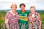 North Kerry Reaching Out: Award winning actor Andrew McCarthy  whose films include St Elmo's Fire, Mannaquin, Weekend at Bernie's & Pretty in Pink  and many more who was helped by North Kerry Reaching Out to trace his relatives to Lacca, Duagh pictured with his cousins Mary McCarthy Somers, Billeraugh, Listowel & Eileen McCarthy Fitzgerald, Lacca, Duagh at the family homestead on Sunday last.