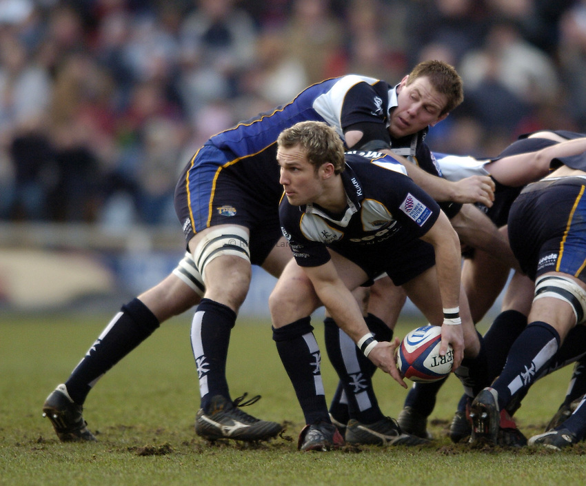 Photo. Jed Wee..Leeds Tykes v Newcastle Falcons, Zurich Premiership, 27/12/2004..Leeds' Mark McMillan.