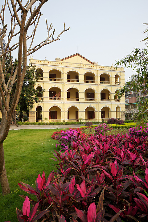 Office And European Residence Complex Belonging To The Canton Cement Company's Works/Factory, Subsequently Commandeered By Sun Yat-sen As An Office And Residence.  Now A Museum Dedicated To Sun Yat-sen.  Guangzhou (Canton).