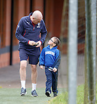 Rangers manager Mark Warburton with six year old Sam Holland who was on his first Rangers trip on the Nith Valley Loyal bus