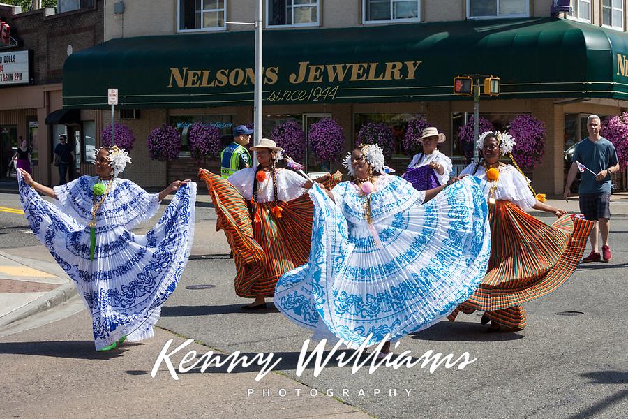 Panama Folklore, Auburn Days Parade & Festival 2016, Auburn, WA, USA.