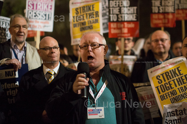 Ronnie Draper (General Secretary of Bakers Food &amp; Allied Workers Union, BFAWU).<br />