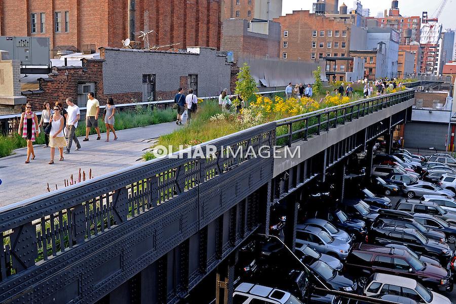 Pessoas no High Line Park em New York. estados Unidos. 2009. Foto de Ricardo Azoury.