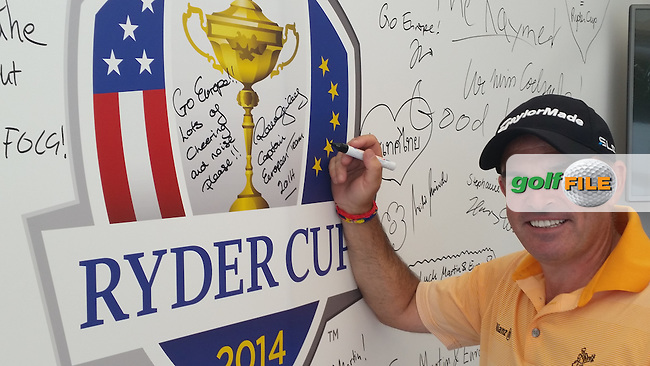 Paul McGinley (IRL) signing the Ryder Cup board after Round Two of the BMW International Open 2014 from Golf Club Gut Lärchenhof, Pulheim, Köln, Germany. Picture:  David Lloyd / www.golffile.ie